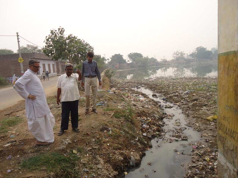 TBF Chairman, discussing the alternate plan for the drain at Sankarshan Kund