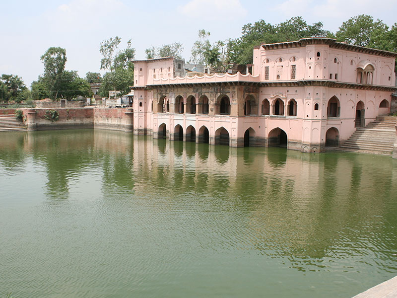 Vrishbhanu Kund after restoration