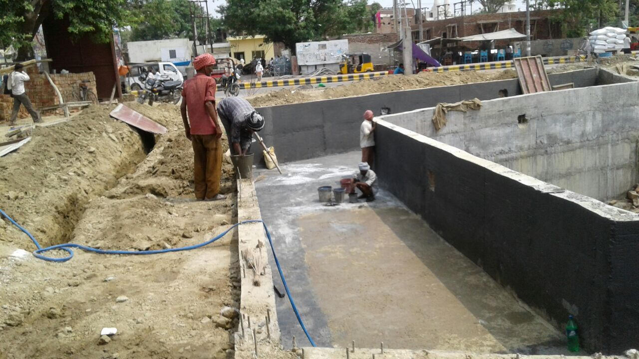 Waterproofing in the water ponds